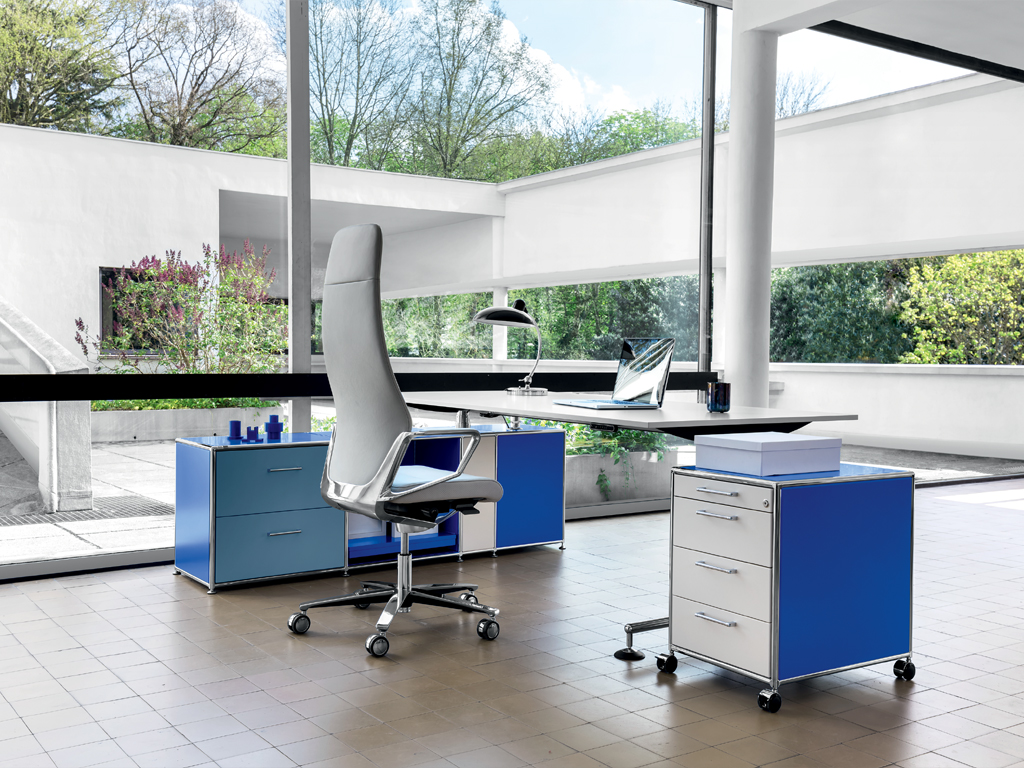 BOSSE Chefzimmer Management Möbel BO LC Villa Savoy Loc