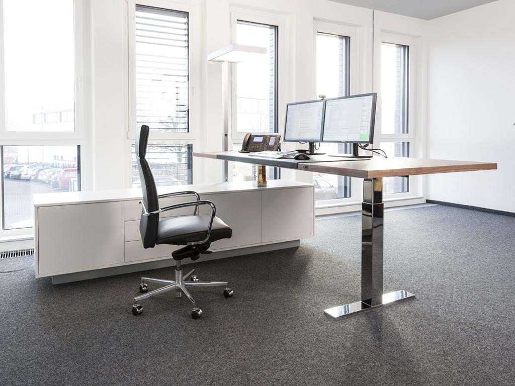 Spiegels Chefzimmer Management Möbel .con air